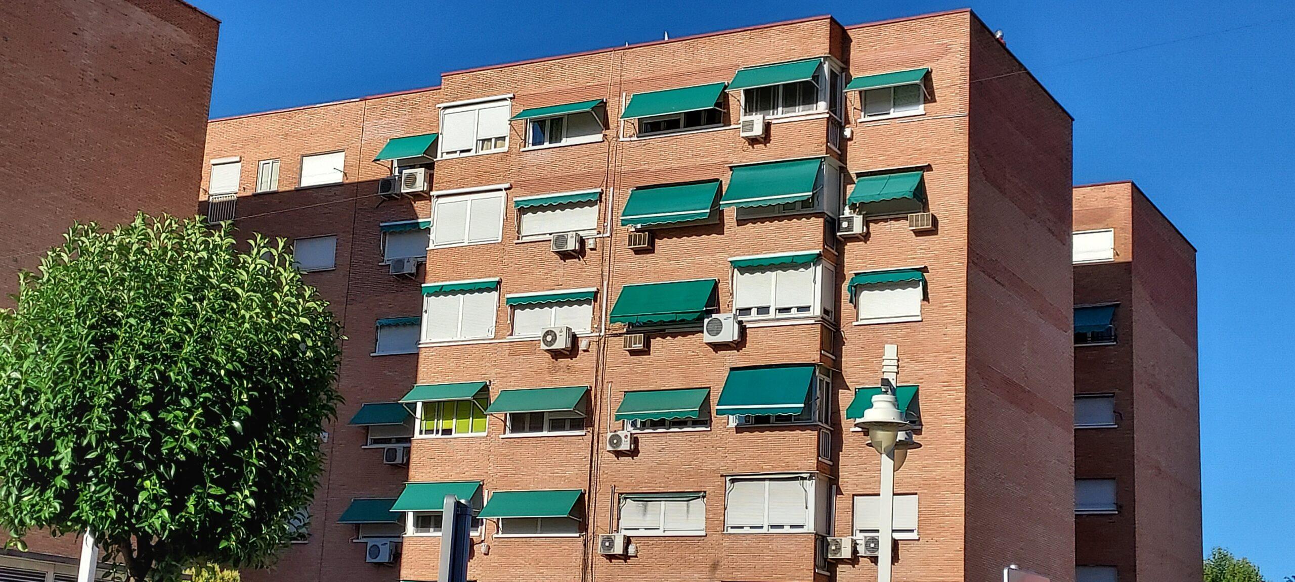 Comunidades de vecinos (ACS, fotovoltaica y aerotermia para acs comunitaria)